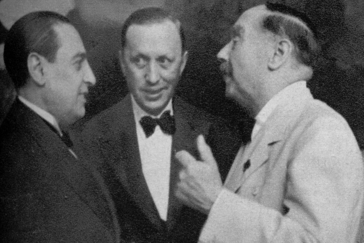 Zleva: H.G.Wells, Karel Čapek a Jim de Asua