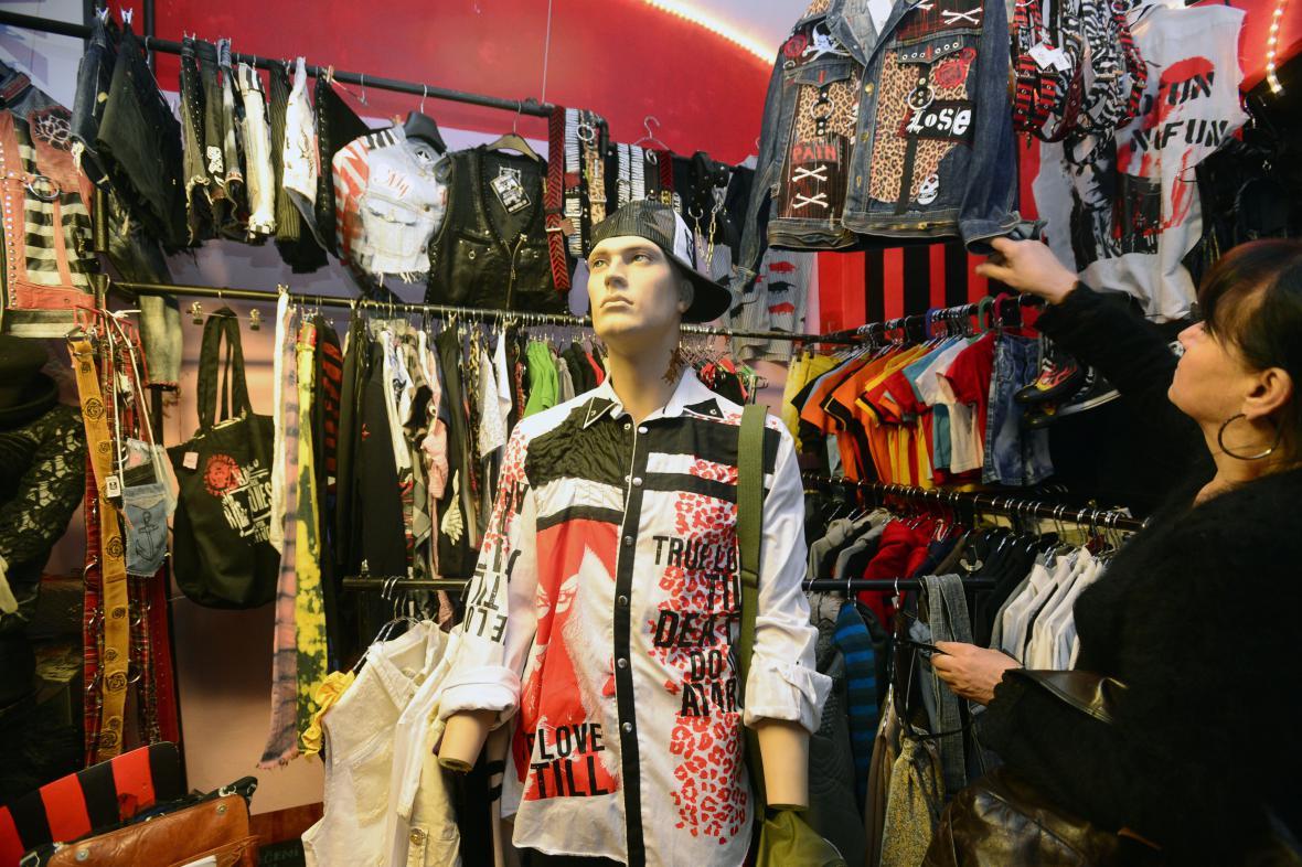 Obchod s použitým oblečením