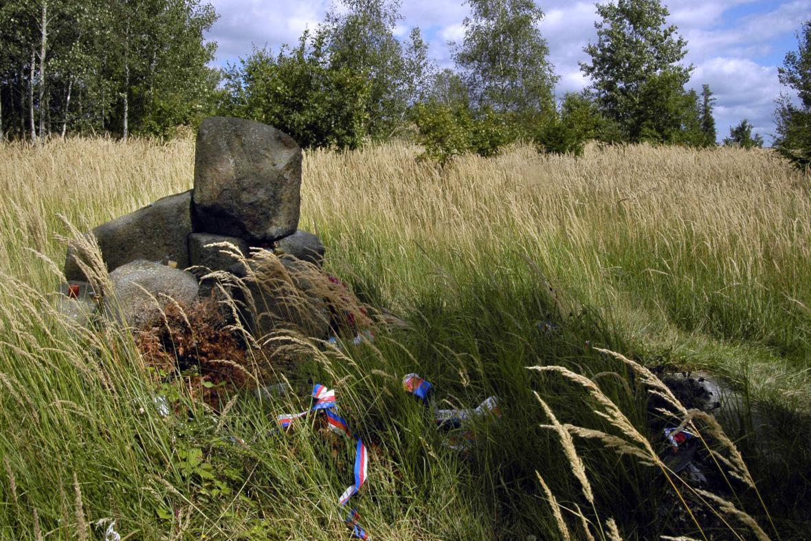 Památník romských obětí holocaustu v Letech u Písku