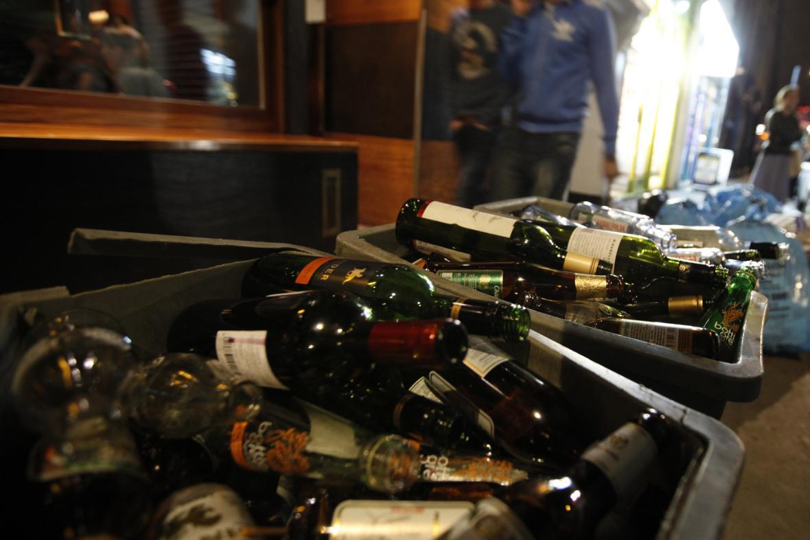 Alkohol v londýnských ulicích