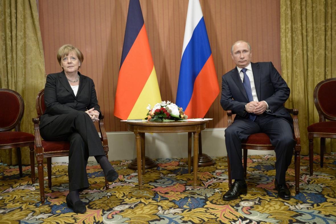 Mrazivé setkání: Angela Merkelová a Vladimir Putin