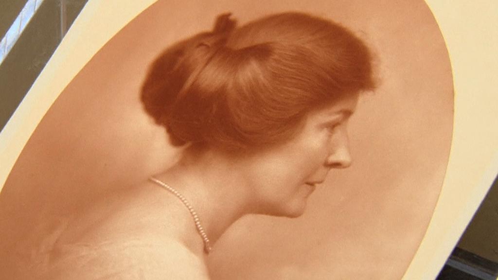 Hardingova milenka Carrie Fultonová-Phillipsová