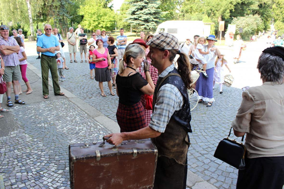 Rekonstrukce odchodu vojáků do války - Mnichovo Hradiště