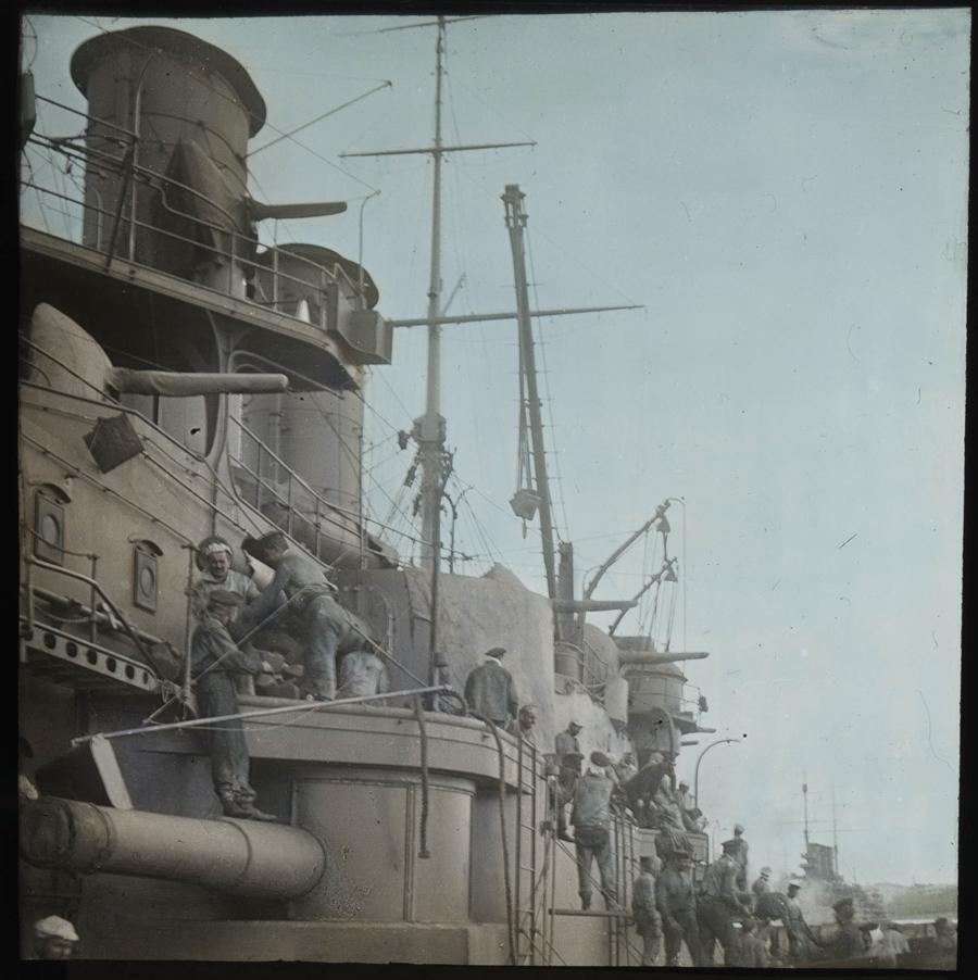 Zauhlování bitevní lodě třídy Erzherzog Karl
