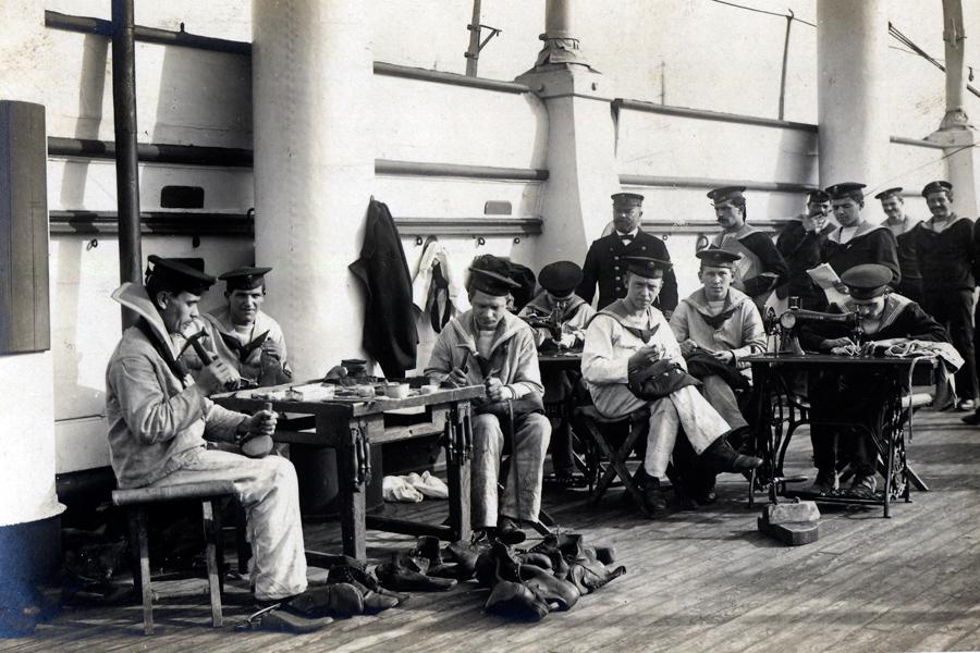 Námořní opravna obuvi a oděvů