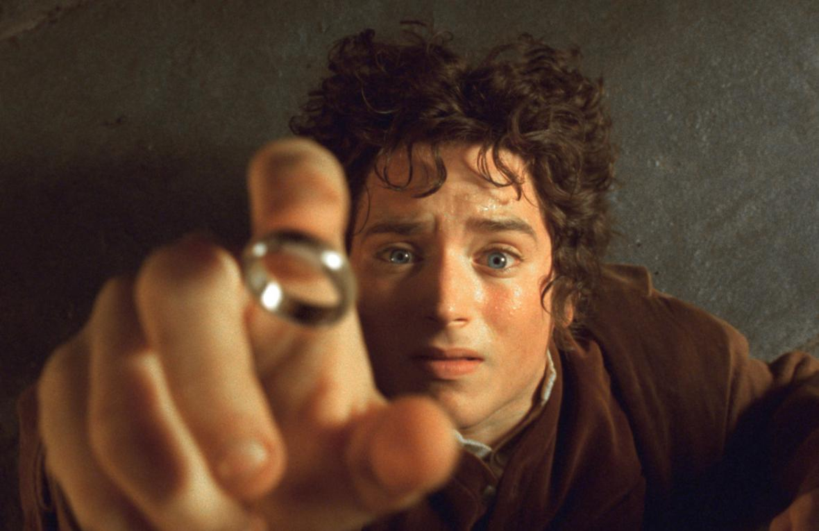 Elijah Wood jako Frodo Pytlík ve filmové adaptaci Pána prstenů