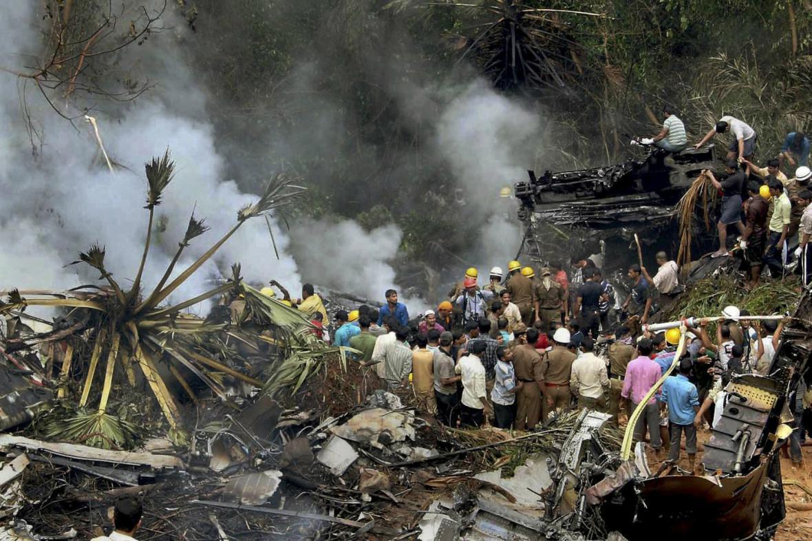 Nehoda letadla v Indii v květnu 2010