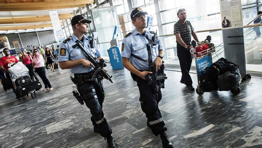 Policie posiluje hlídky na norských letištích