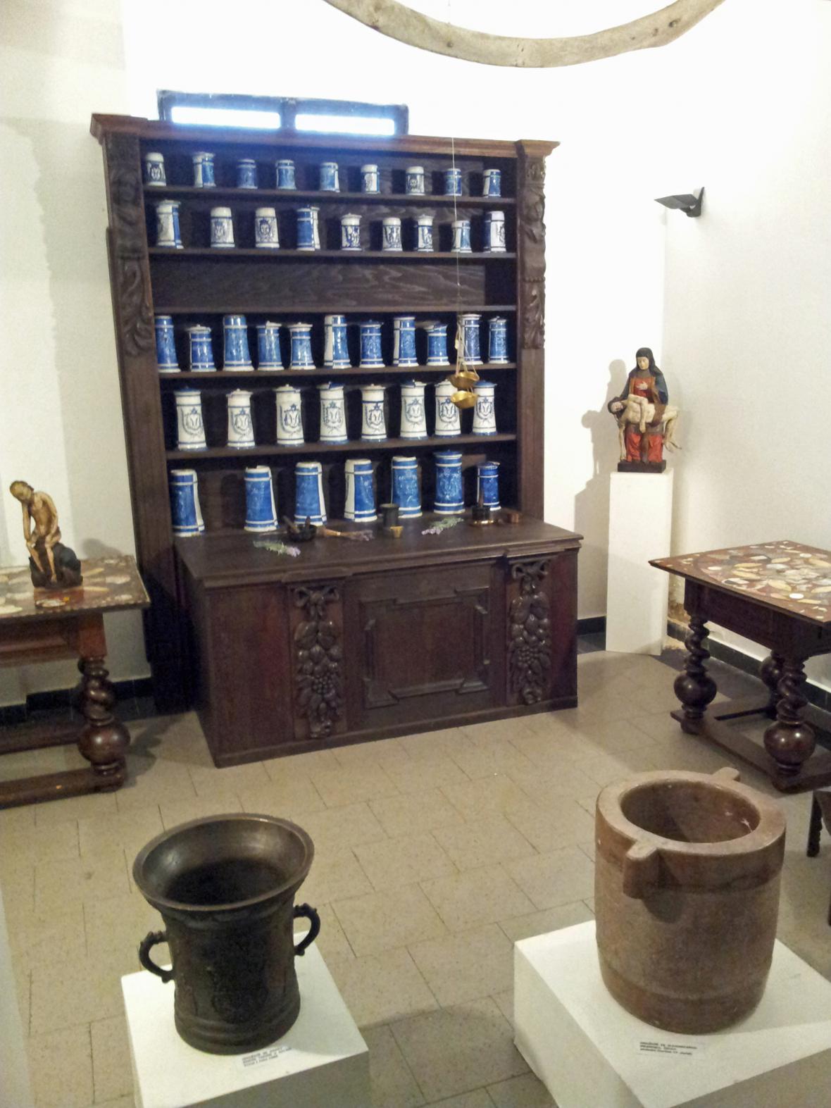 Lékárna zámku Choltice