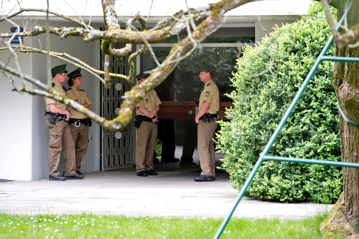 Policie u domu Cornelia Gurlitta