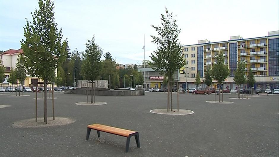Vsetíňané chtějí na náměstí víc zeleně