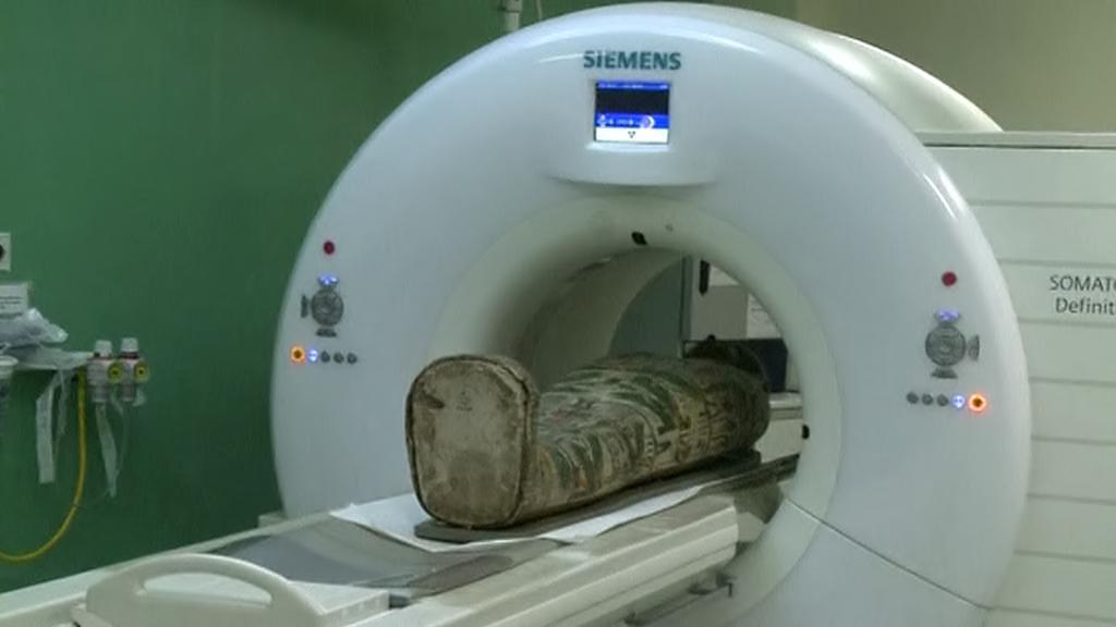 Egyptská mumie na CT