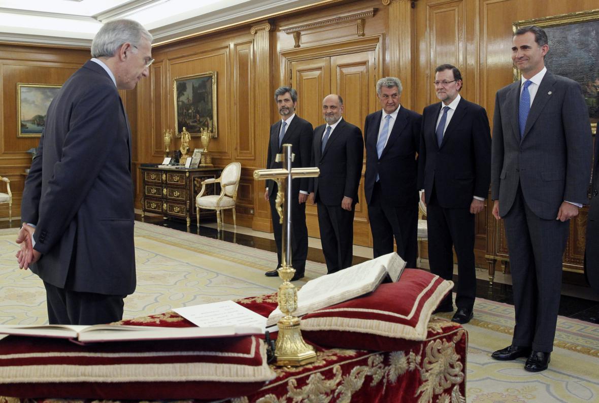 Filip VI. jmenuje nového ústavního soudce