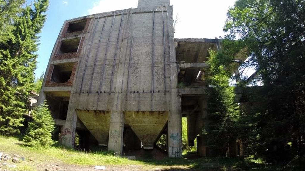 Opuštěný cínový důl v Rolavě