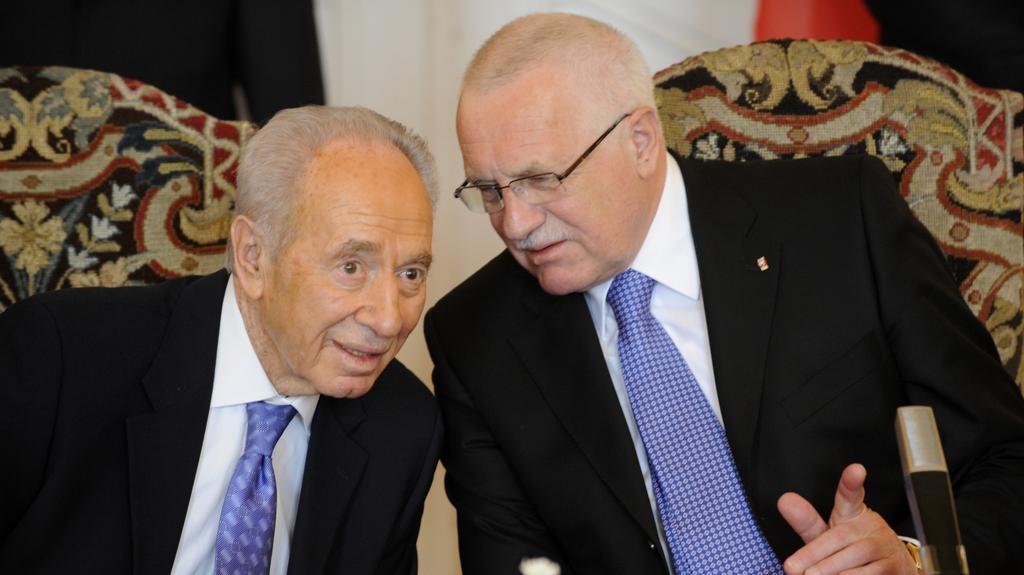 Peres s prezidentem Klausem