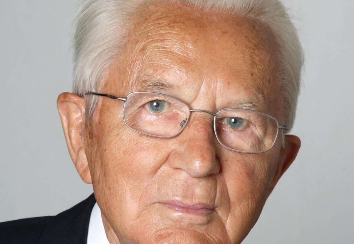 Karl Albrecht, spoluzakladatel globálního diskontního řetězce Aldi