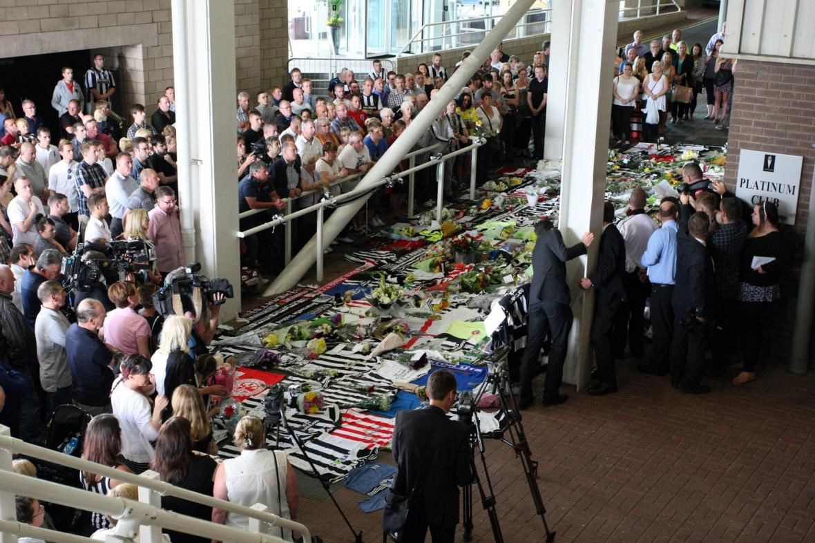 Památka obětem neštěstí MH17 v Newcastlu