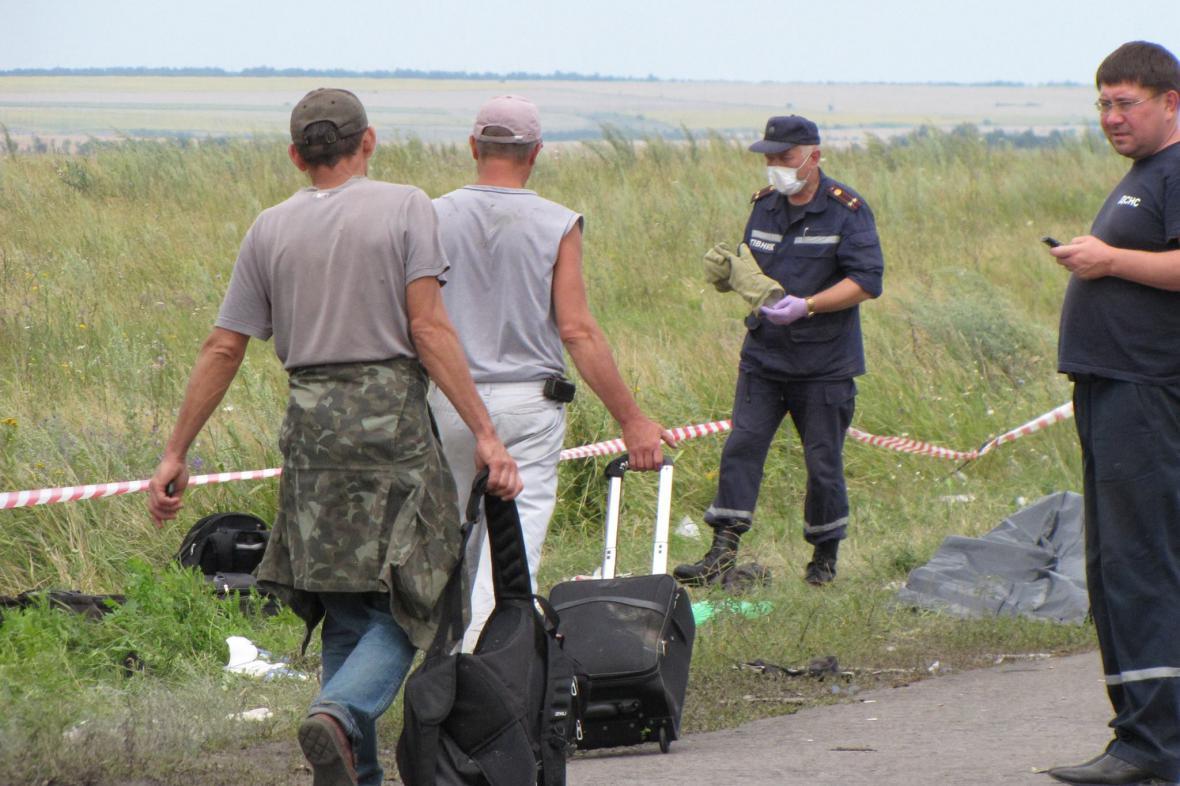 Katastrofa MH17: Na místě havárie