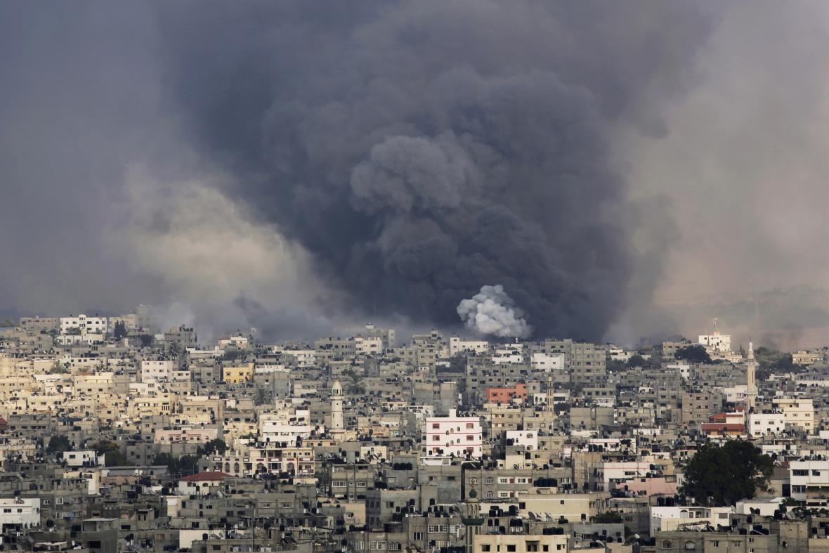 Izraelská armáda ostřeluje Gazu