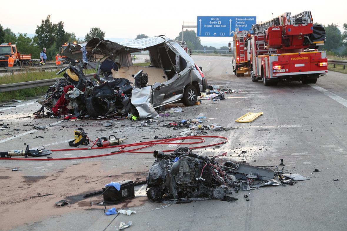 Havárie polského a ukrajinského autobusu u Drážďan