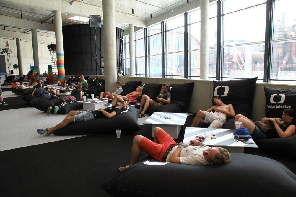 Scéna ČT je i místem odpočinku