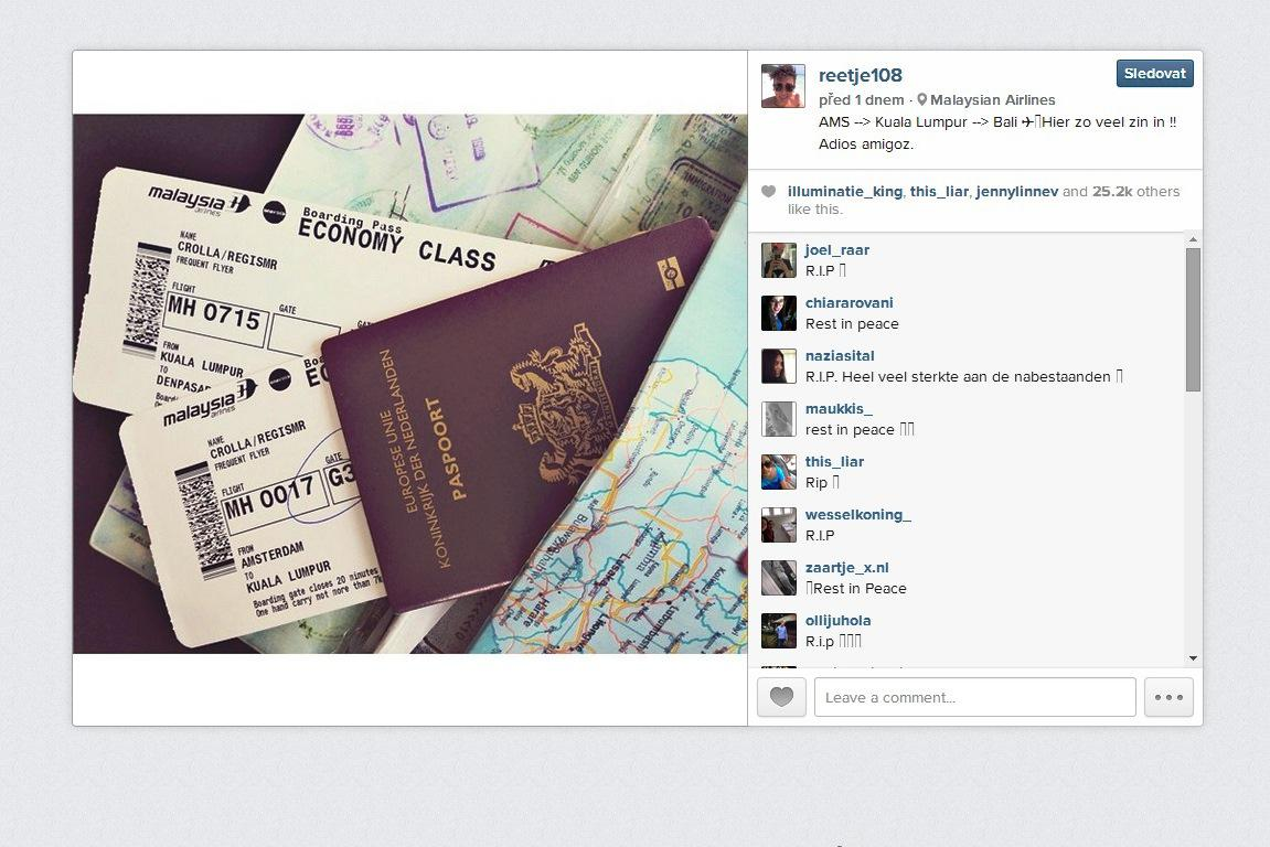 Regis Crolla před odletem sdílel fotku letenek