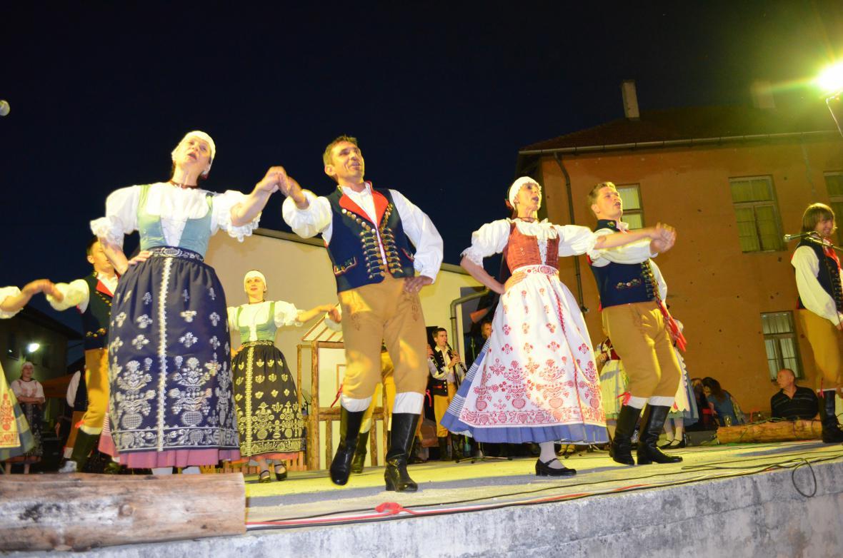 Z výjezdu souboru Furiant do chorvatského Daruvar a obce Dolany