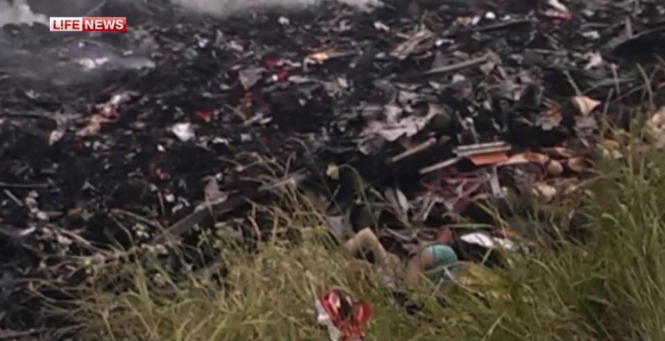 Trosky zříceného letadla boeing 777