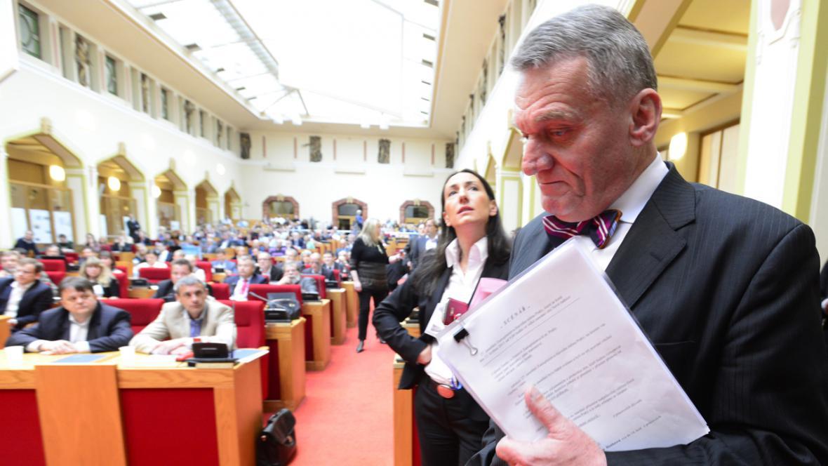 Bohuslav Svoboda (ODS) a Aleksandra Udženija (ODS)