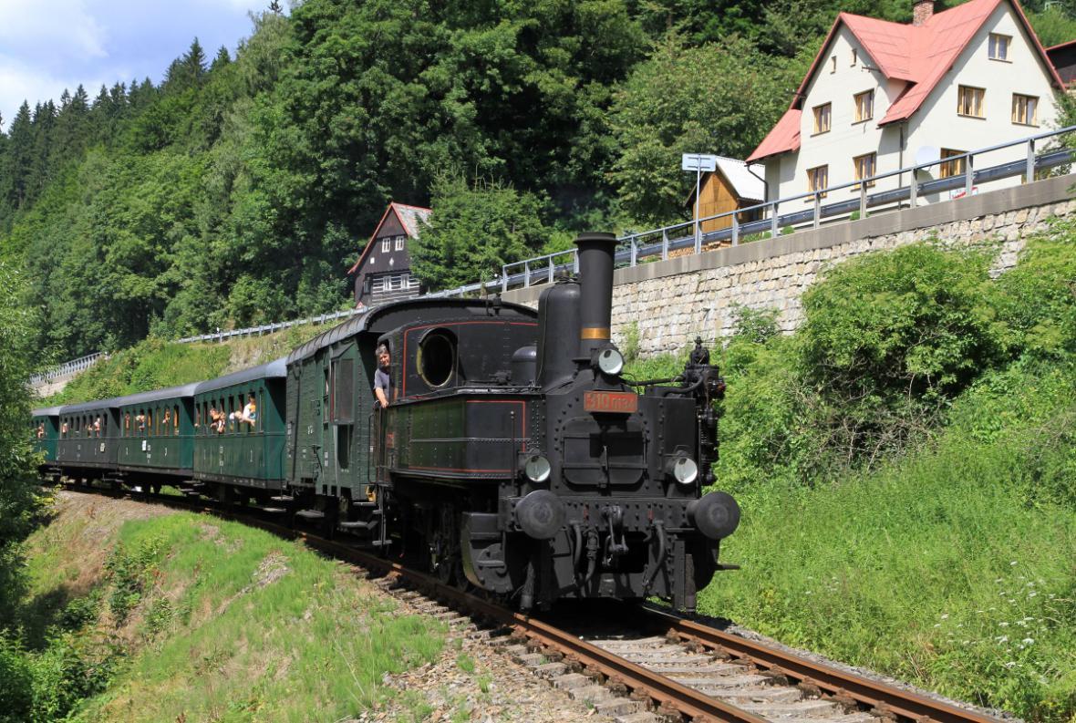 Krakonošovy letní parní vlaky