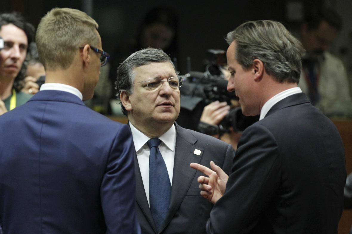 Barroso a Cameron na summitu EU