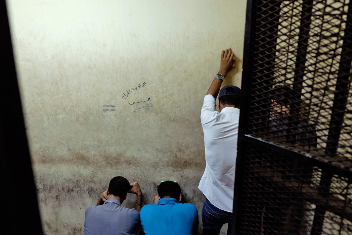 Osm Egypťánů dostalo za sexuální násilí doživotí