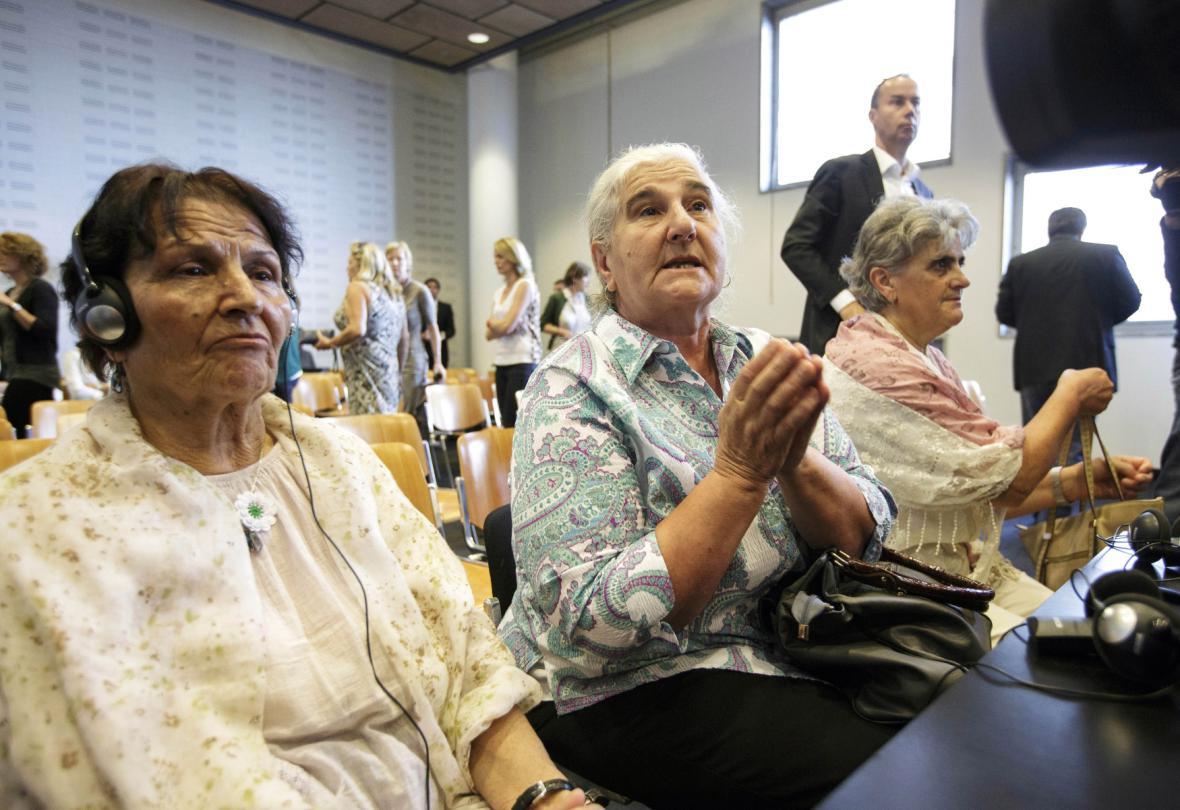 Pozůstalí po obětech Srebrenice