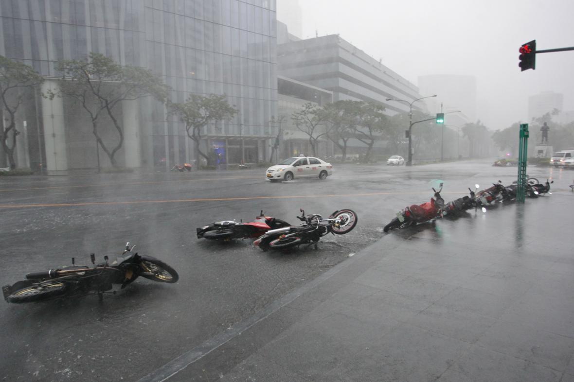 Následky tajfunu Rammasun (Glenda) ve filipínské Manile