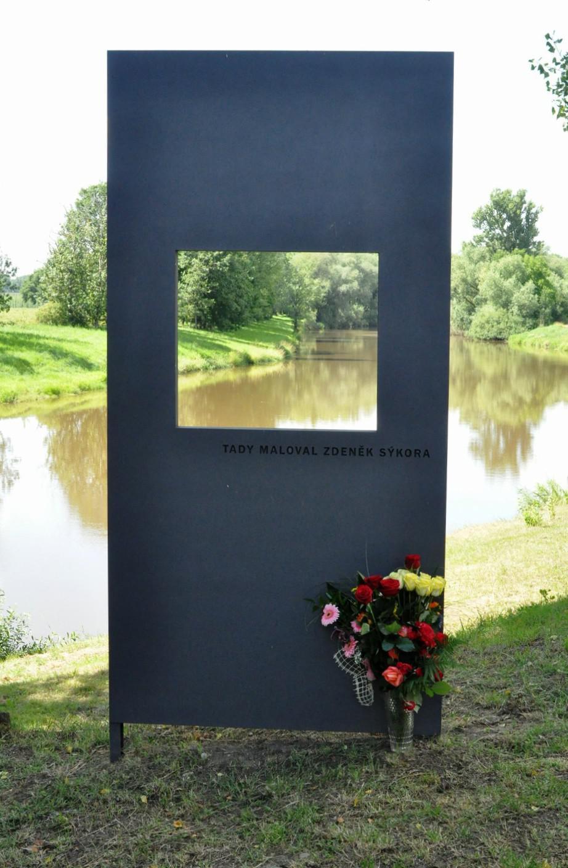 Vzpomínka na malíře Zdeňka Sýkoru v Počedělicích