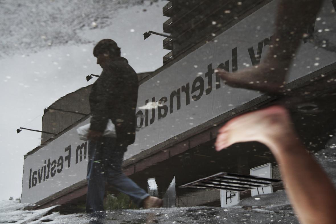 Déšť ve Varech