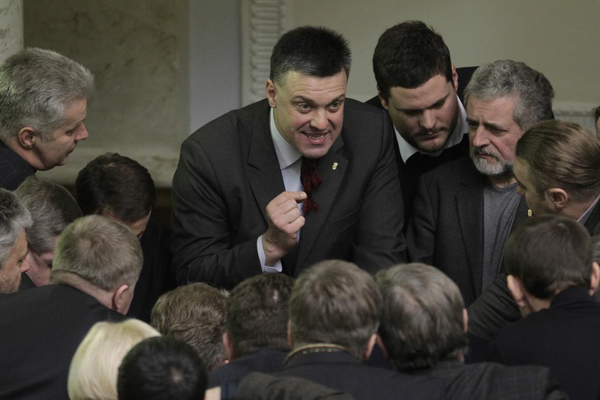 Ukrajinský opoziční předák Oleh Ťahnybok
