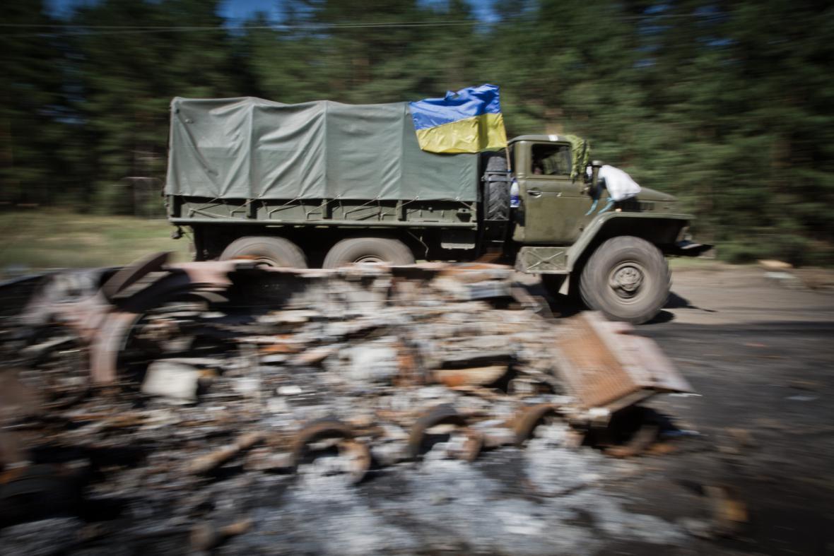 Zásobování armády nedaleko Slavjansku