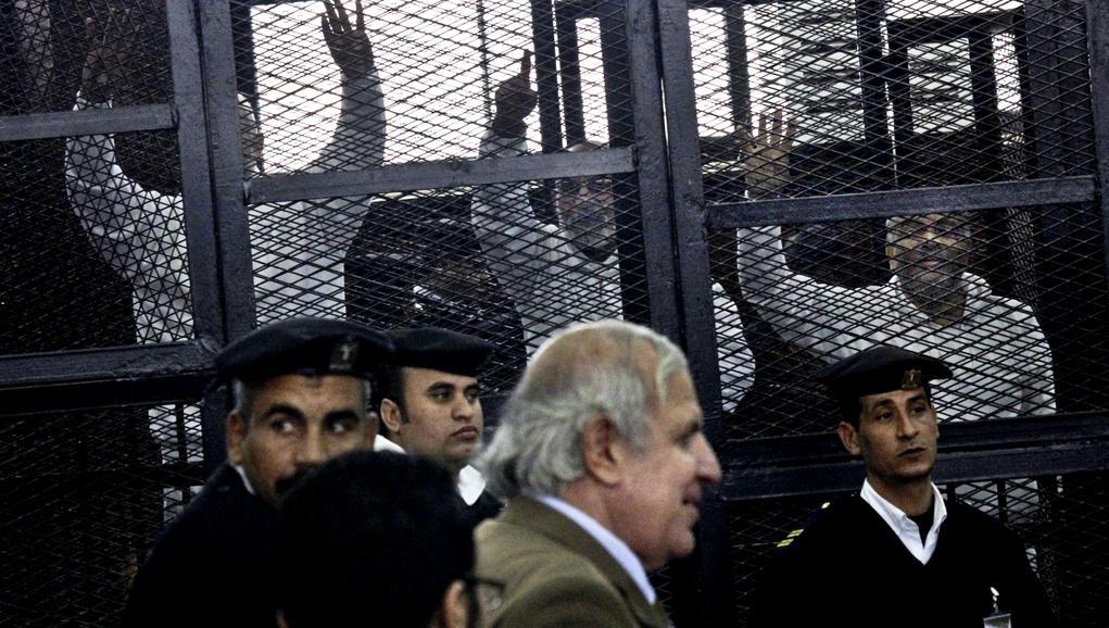 Předáci Muslimského bratrstva před egyptským soudem