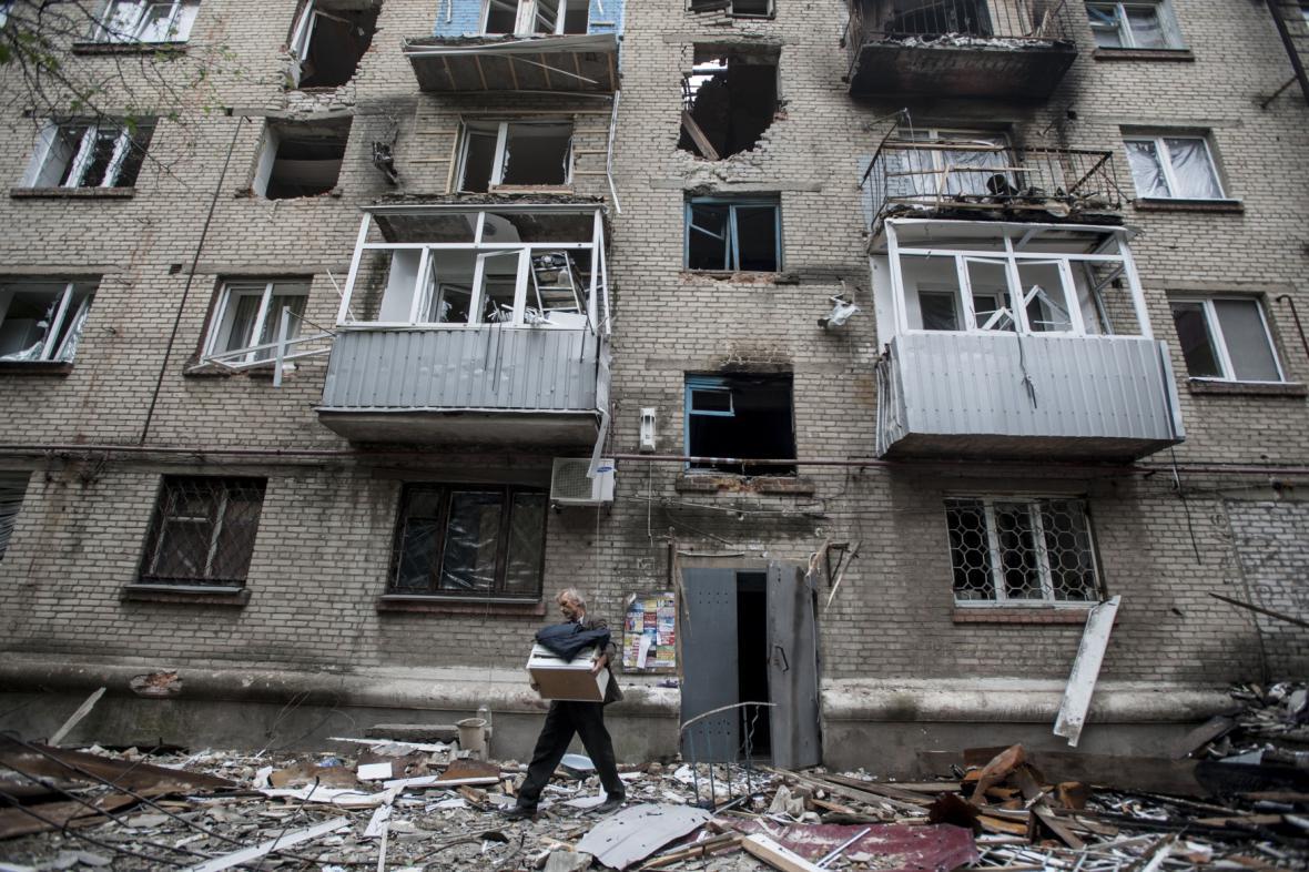 Zničená čtvrť města Slavjansk