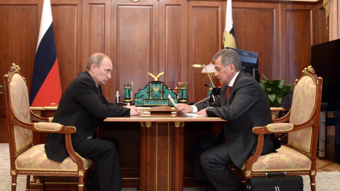 Ruský ministr obrany Šojgu informoval prezidenta Putina o výsledcích vojenského cvičení