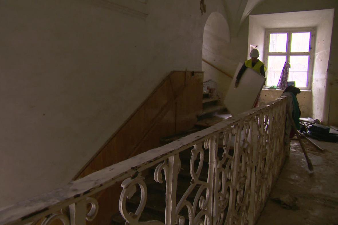 V zámku sídlil i internát učiliště