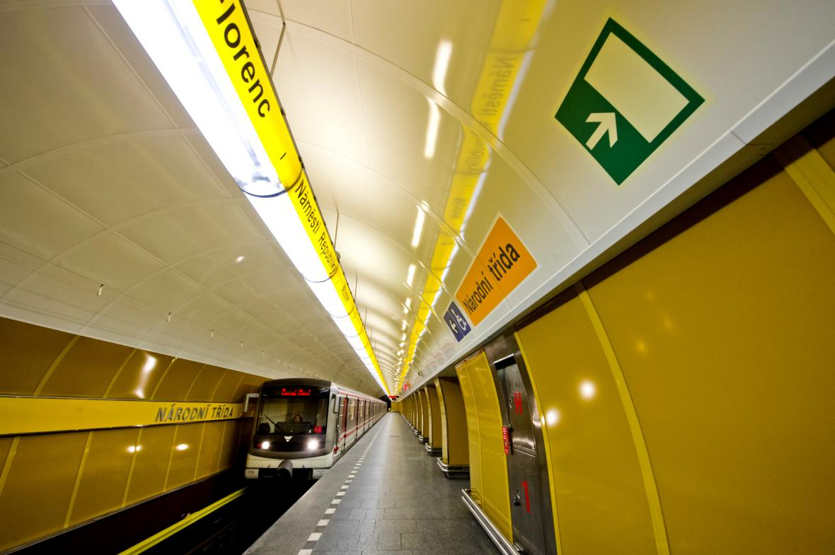 Stanice metra Národní třída