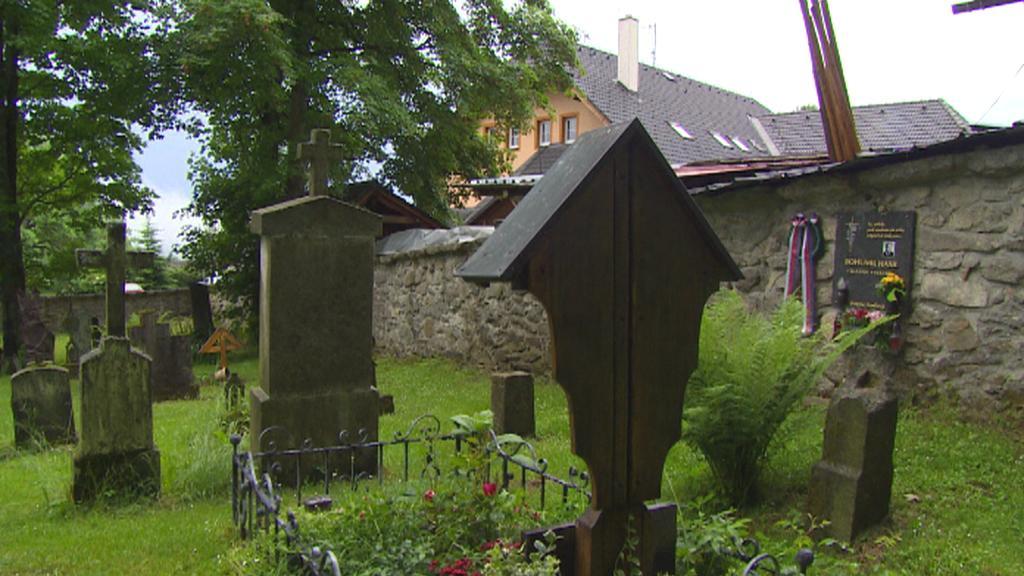 Hřbitov v Českých Žlebech