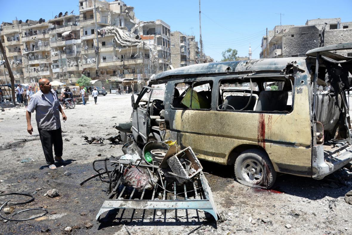 Důsledky náletu v syrském Aleppu