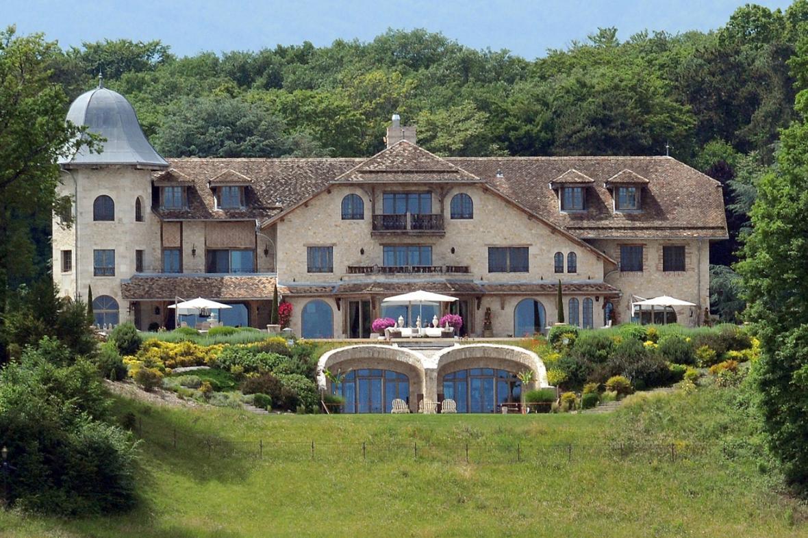 Schumacherovo sídlo ve Švýcarsku