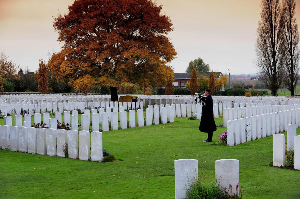 Hřbitov nedaleko města Ypres