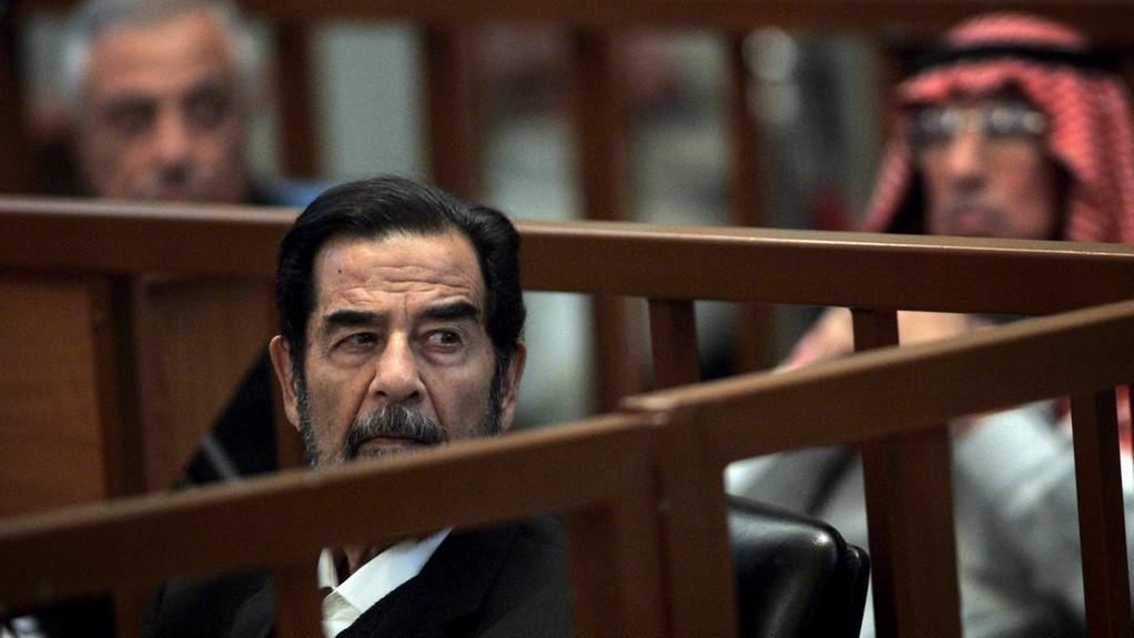 Saddám Husajn před soudem
