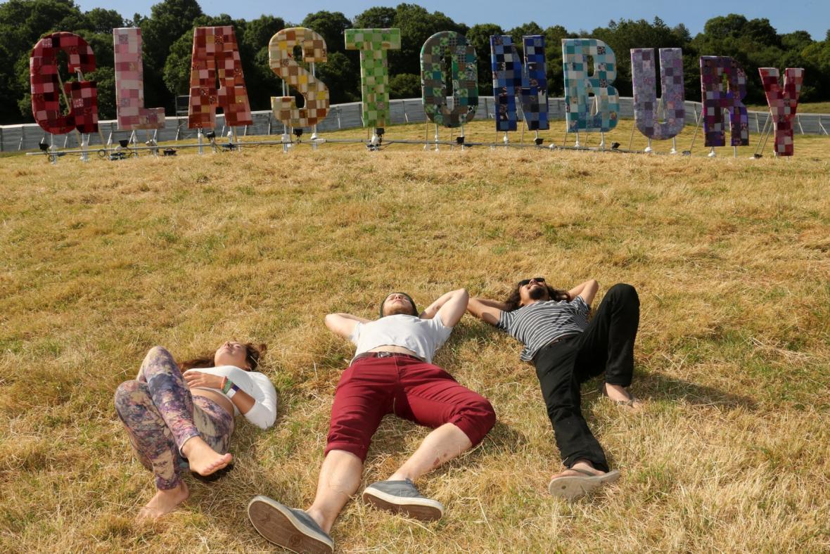 Začal 44. ročník festivalu v Glastonbury