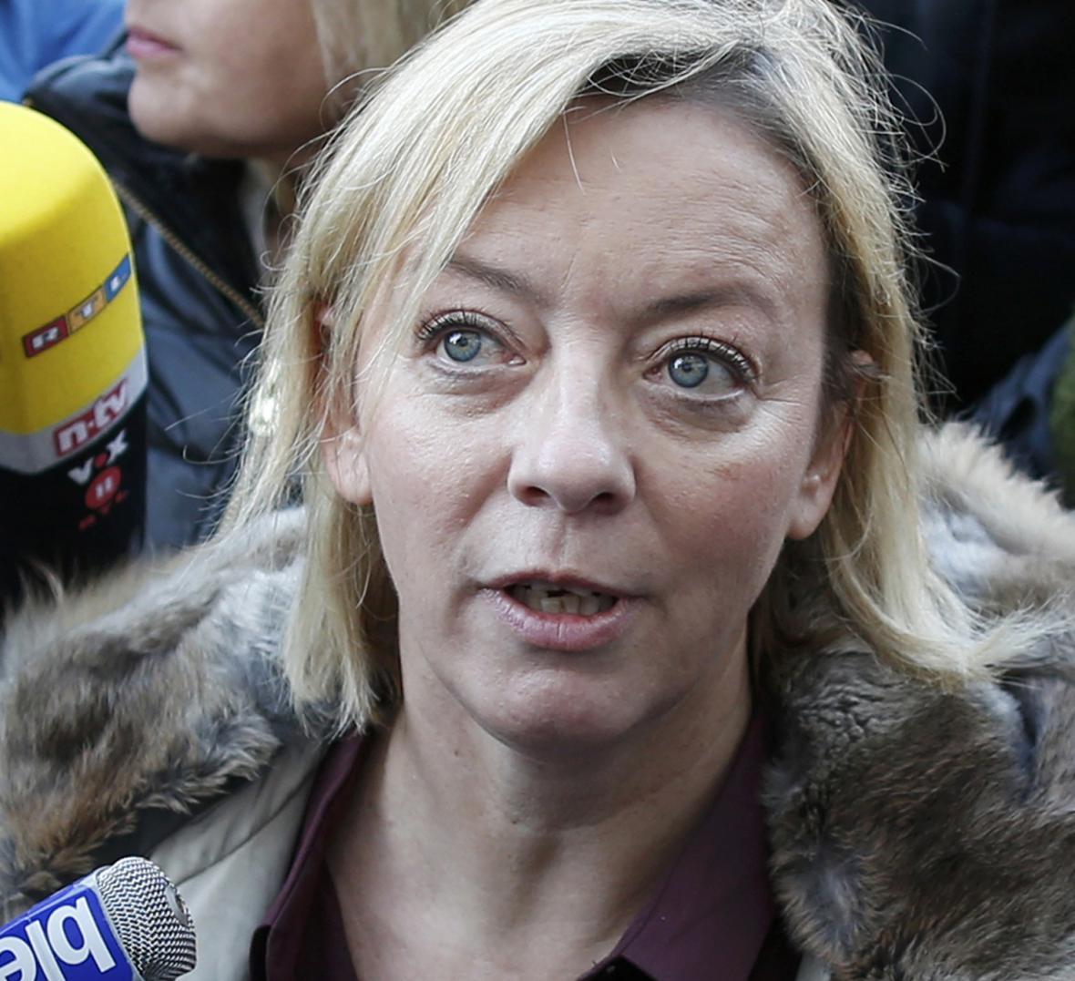 Sabine Kehmová